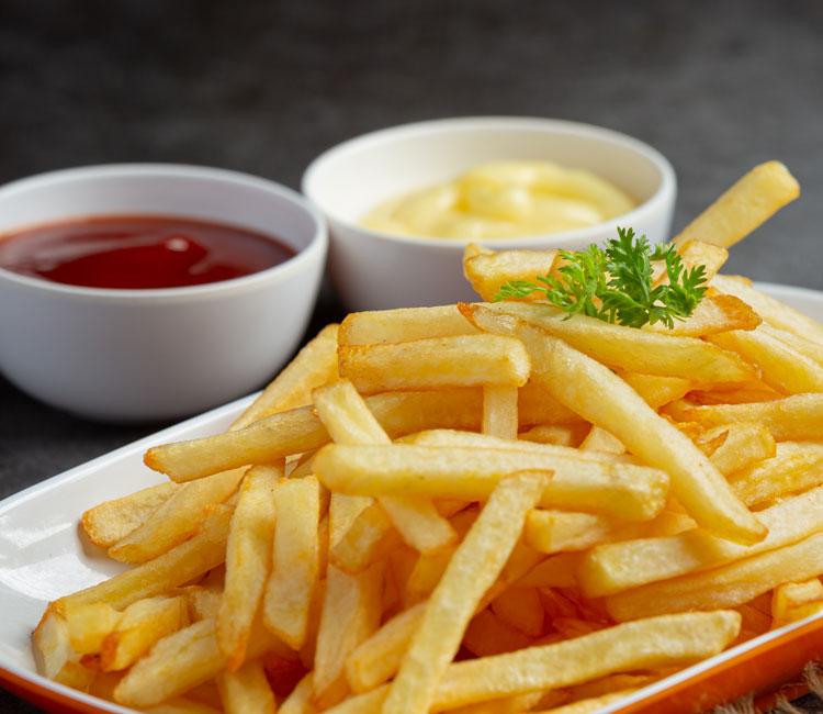 Pommes Ketchup Majonnaise